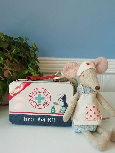 Maileg, Nurse Mouse with Tin SET*