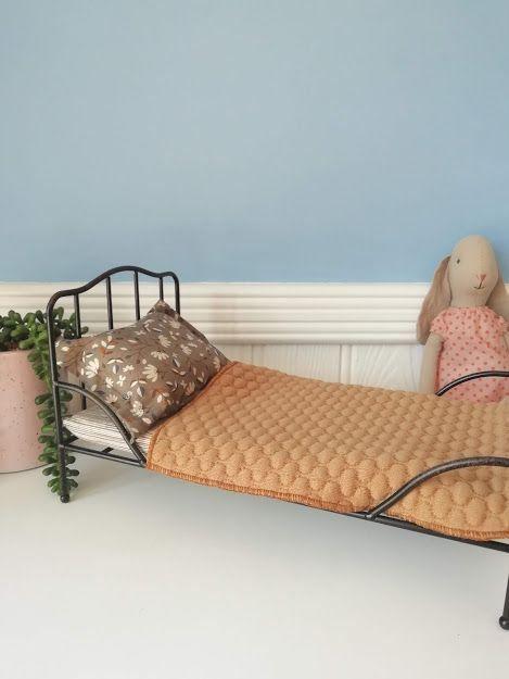 Maileg, Mini Vintage bed, Anthracite
