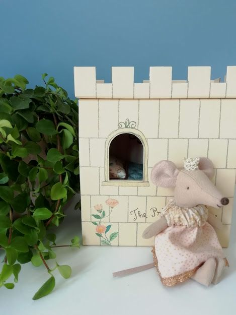 Maileg, Princess and the Pea, Big Sister Mouse (Pink)