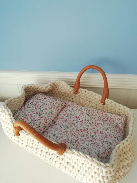 Minikane, Carry Basket 35cm (Knitted)