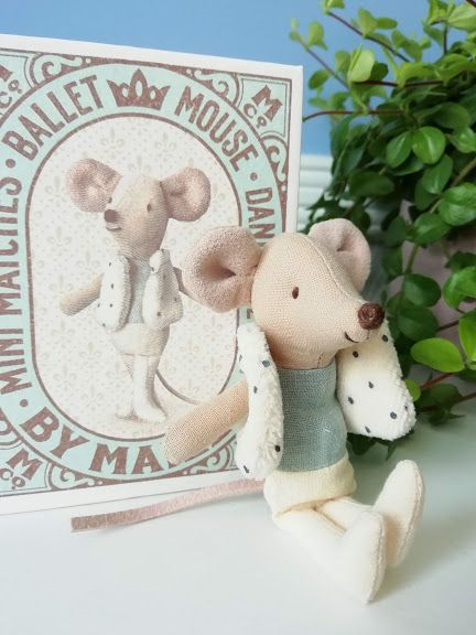 Maileg, Dancer in Matchbox, Little Brother Mouse