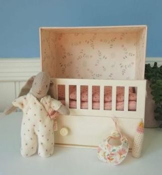 Maileg, Baby Room with Micro Bunny
