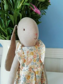 Maileg, Bunny Size 3, Flower Suit