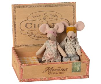 Maileg, Mummy and Daddy Mouse in Cigar Box **Due March**
