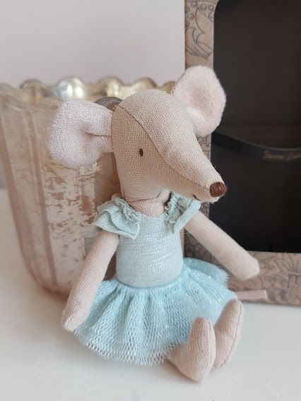 Odds and Ends: Maileg Swan Lake Mouse **NO HEAD PIECE**