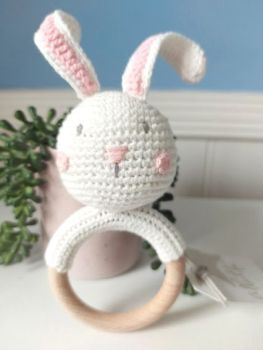 Albetta, Crochet Bunny Ring Rattle