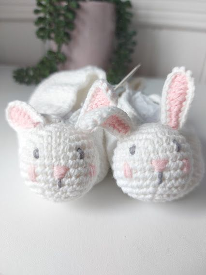 Albetta, Crochet Bunny Booties  (3-6mths)
