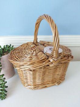 Minikane, Wicker Basket