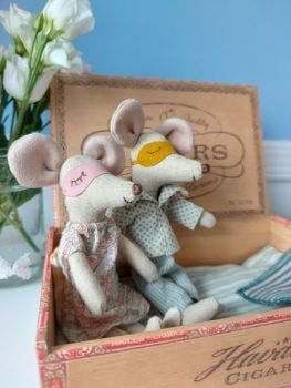 Maileg, Mummy and Daddy Mouse in Cigar Box