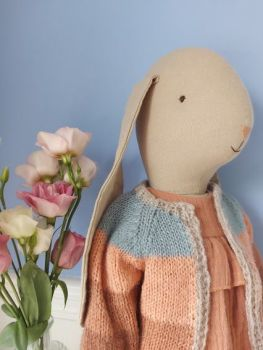 Maileg, Size 5 Bunny in Suit and Cardigan