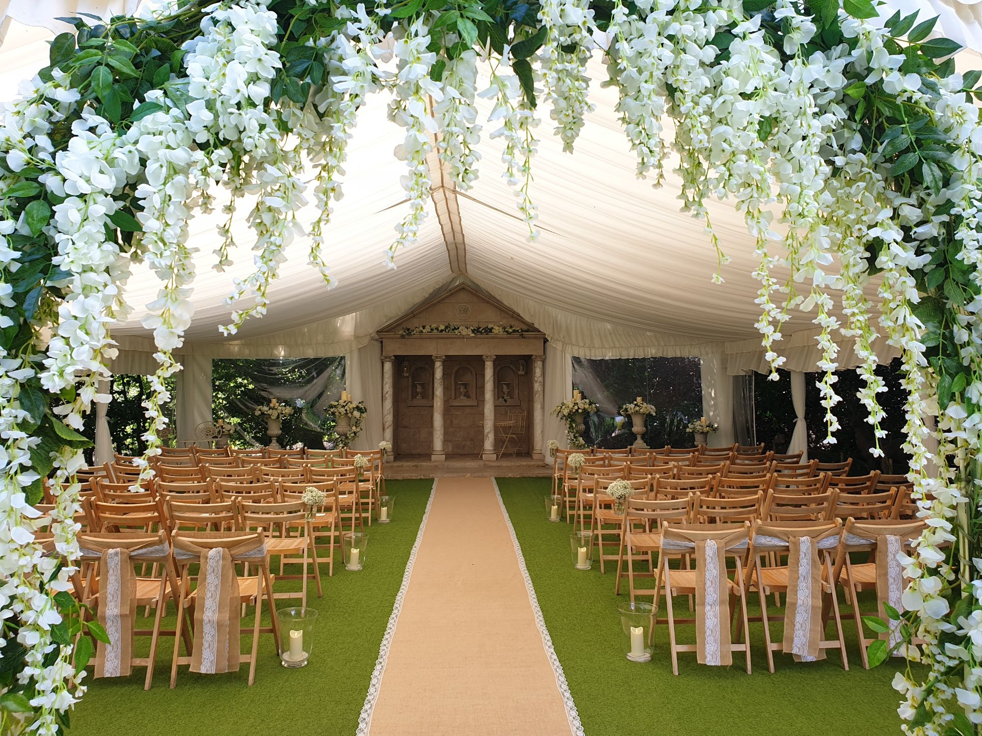 Love by Design - Wedding Venue Stylist in Dorset - Love That Wedding!