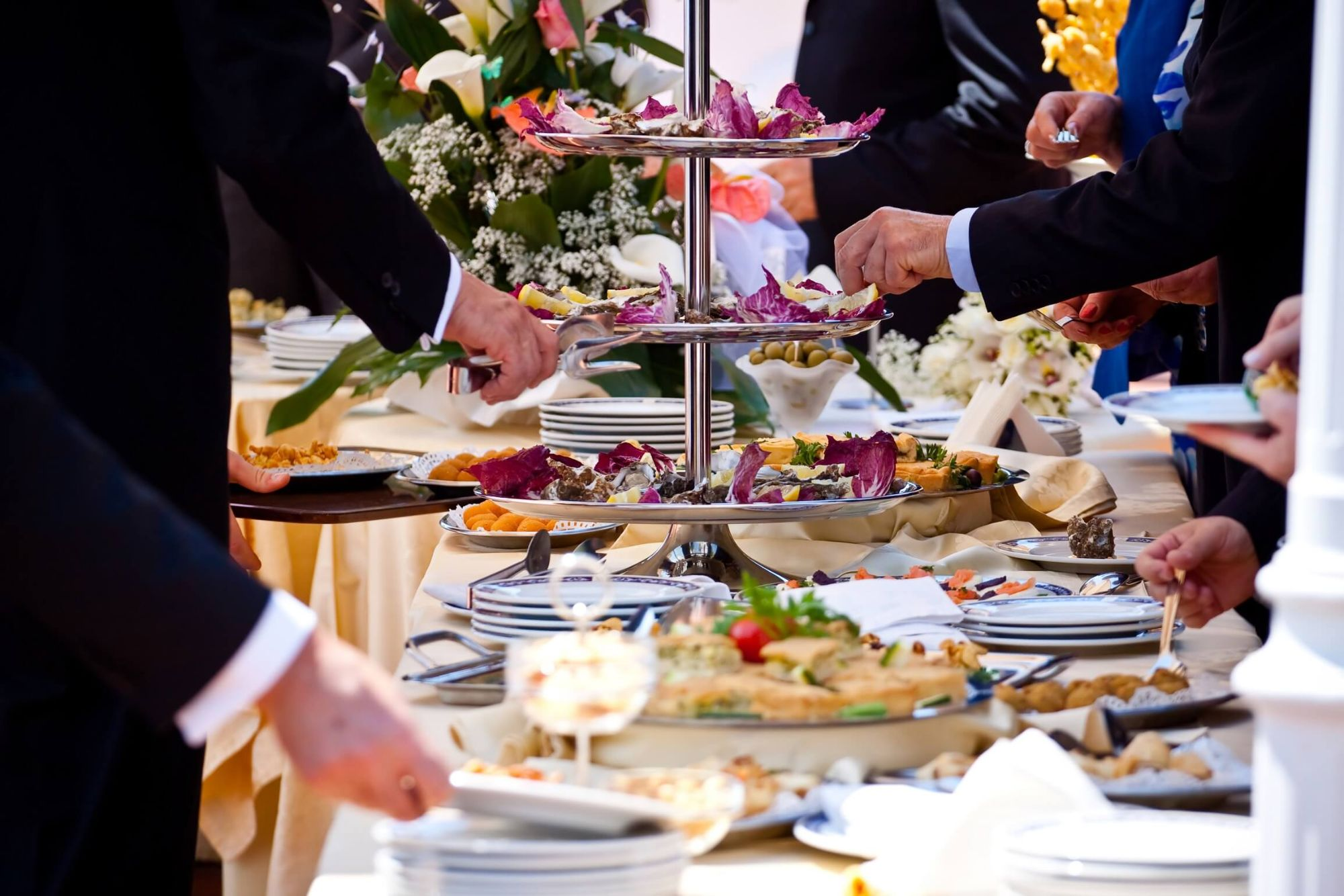Charter 1227 - Wedding Catering in Wiltshire - Love That Wedding!