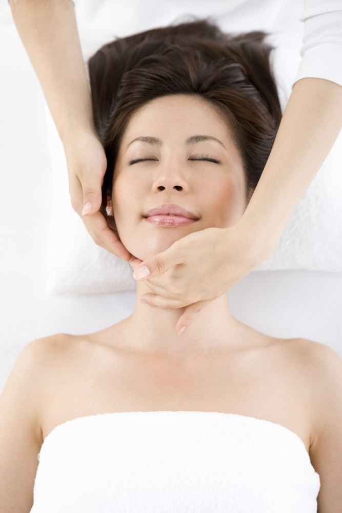 Sinus Facial Massage