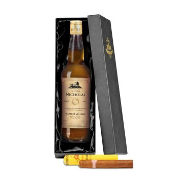 Personalised Single Malt Whisky with Montecristo Cigar Giftpack