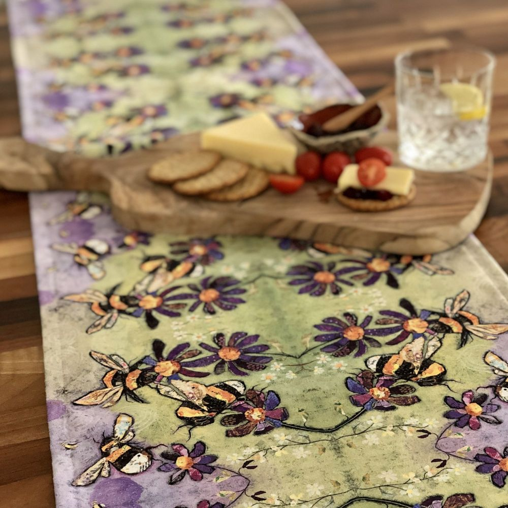 Humble Bumbles Table Runner