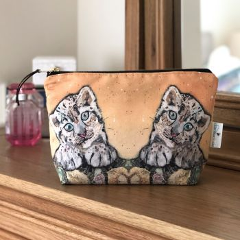 Snow Leopard Cub Make-up Bag