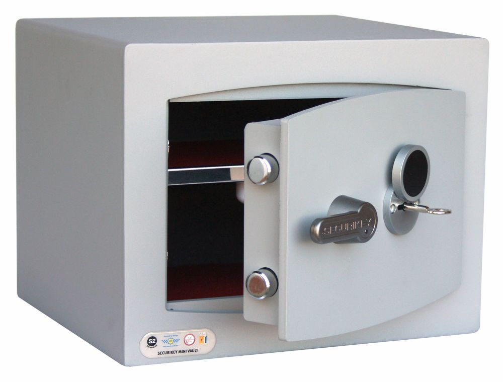 <!---002--->MINI-VAULT CASH SAFE - MODEL 1