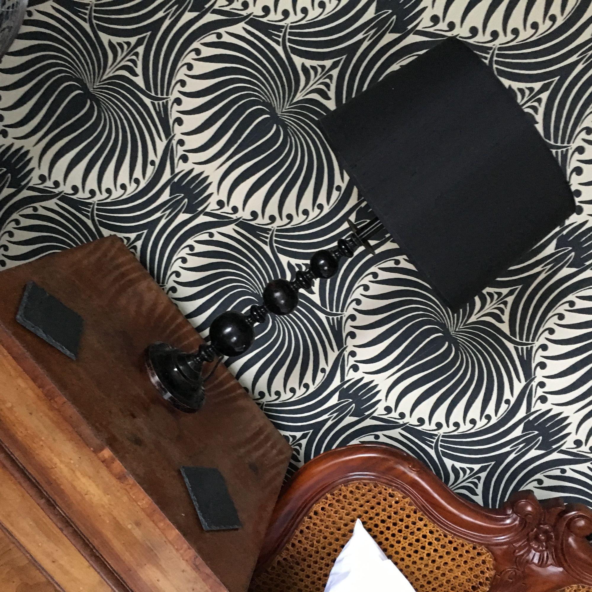 Estuary table lamp