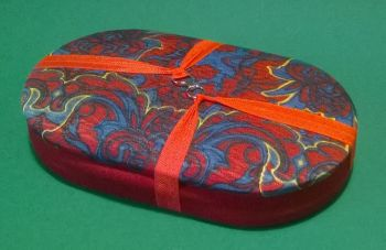 Handy Traveller 166 Regency Red Blue / Ruby Red Beading Tray + Lid