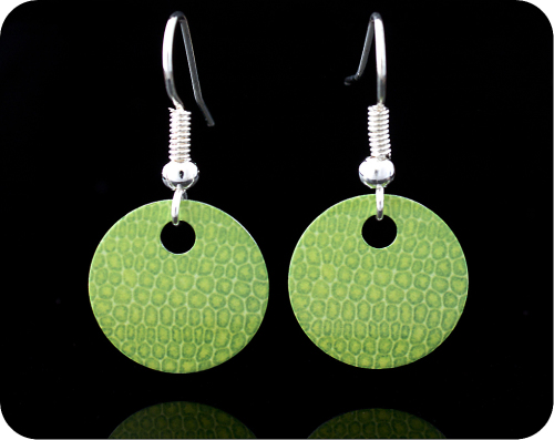 <!-- 00122 -->SCIENCE EARRINGS - MOSS LEAF UNDER THE MICROSCOPE (ER9)