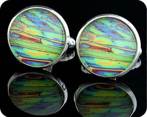 <!-- 00041 -->SCIENCE CUFFLINKS - IMIDAZOLE CHEMICAL CRYSTALS, POLARISED LI