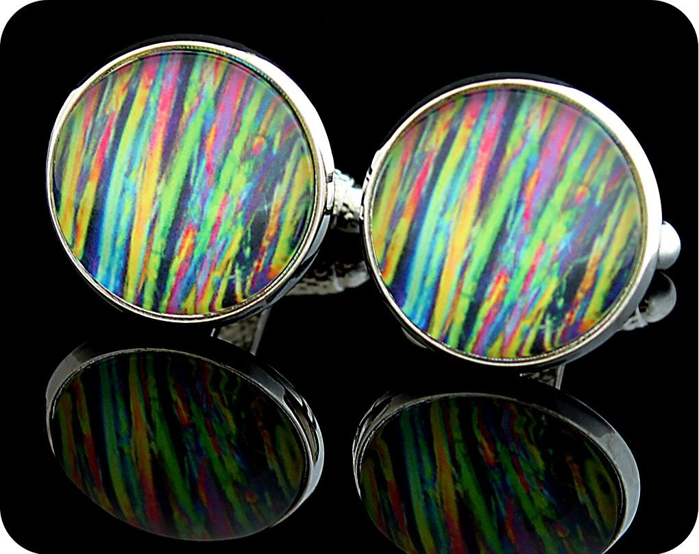<!-- 00011 -->CAFFEINE CUFFLINKS - CAFFEINE CRYSTALS VIEWED UNDER THE MICRO