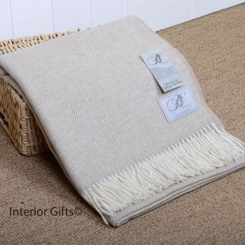 BRONTE by Moon Beige & Cream Herringbone Throw in Supersoft Merino Lambswool