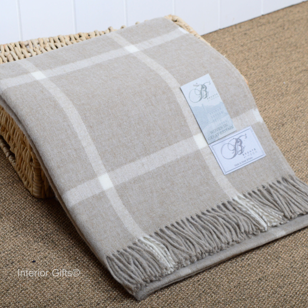 Bronte By Moon Merino Lambswool Beige Windowpane Throw