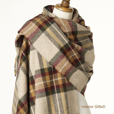 Bronte by Moon Check Stole in Merino Lambswool Ripon Olive