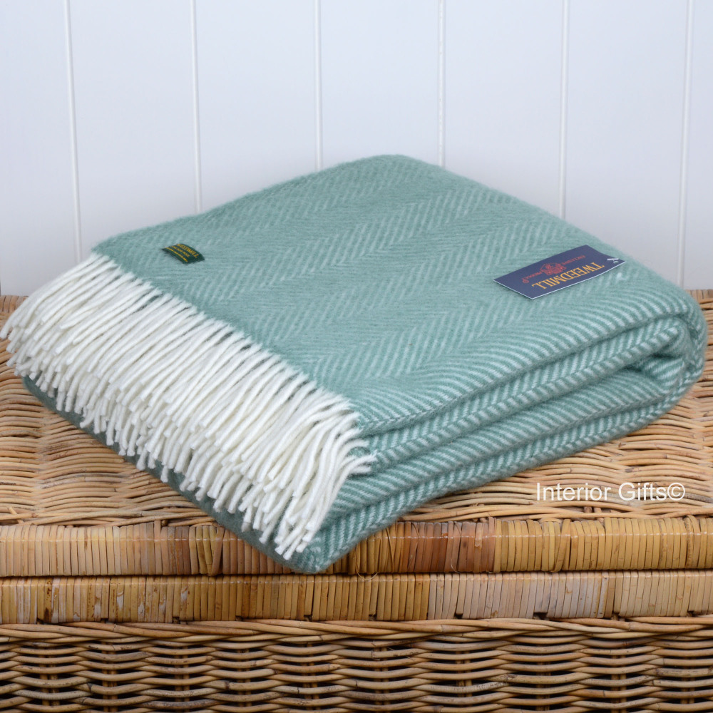 Wool Sea Green Throw Tweedmill With Cream Fringe In 100