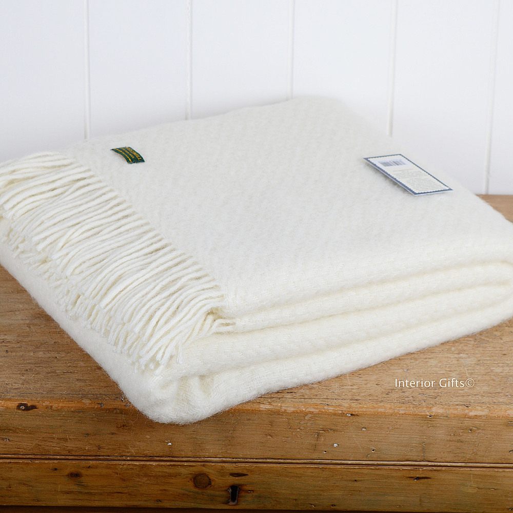 Tweedmill Cream Basketweave Throw in Pure New Wool