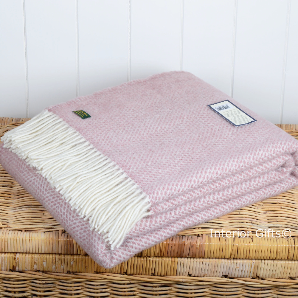 Tweedmill Dusky Pink and Cream Beehive Weave Pure New Wool Throw