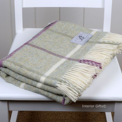BRONTE by Moon*NEW* Fern Green Windowpane Check Throw in 100% Shetland Pure