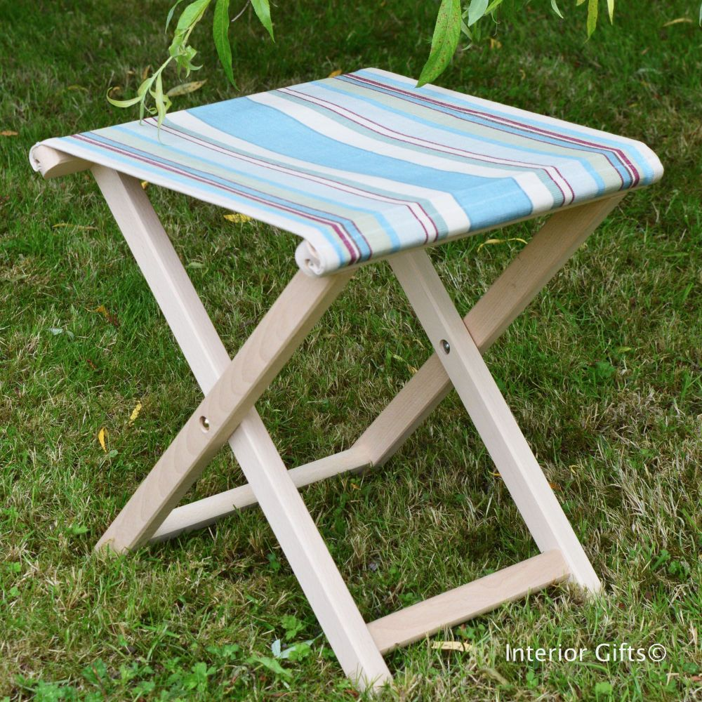Picnic / Camping Stool in Deckchair Stripe