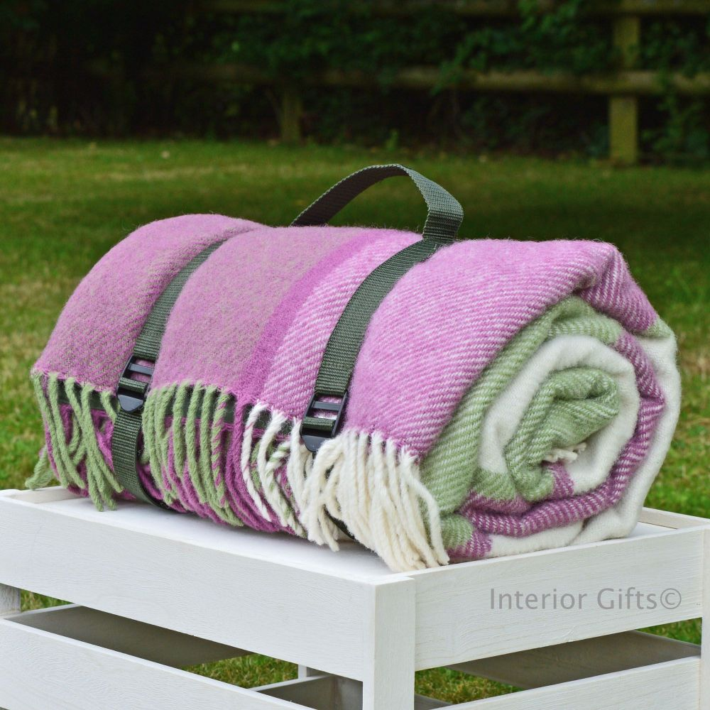 WATERPROOF Backed Wool Picnic DESIGNER Rug / Blanket in Summer Block Check