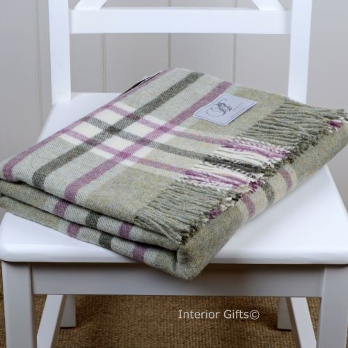 BRONTE by Moon Arncliffe Fern Green Check Throw in 100% Shetland Pure New W