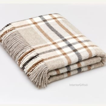 BRONTE by Moon Arncliffe Beige Check Throw in 100% Shetland Pure New Wool