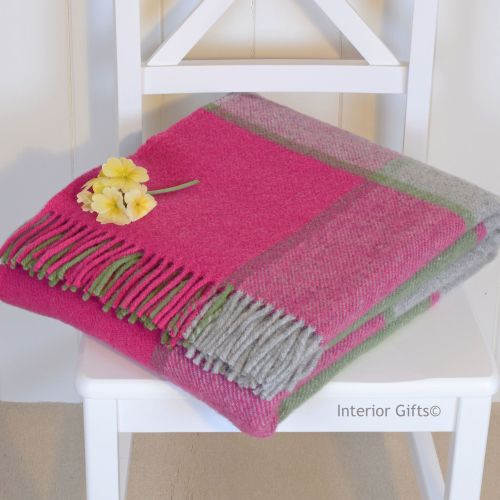 Tweedmill Multi Check Pink Pure New Wool Throw