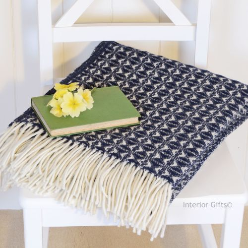 Tweedmill Navy Blue & Cream Throw in Pure New Wool with cream fringe.