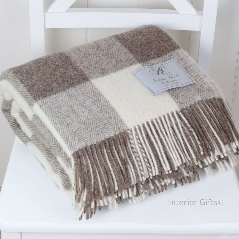 BRONTE by Moon Natural Collection Beige Square Check Throw in Shetland Pure