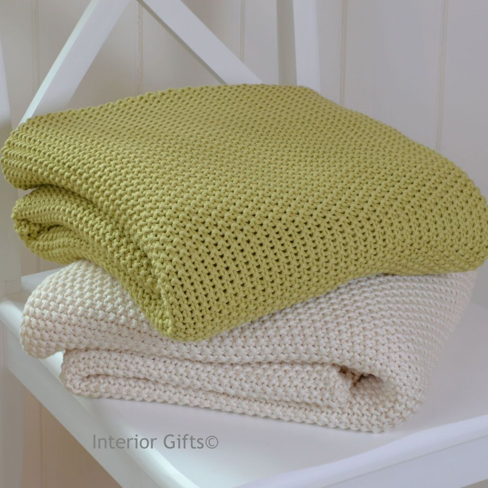 100% Cotton Knitted Throw in Soft Lime Green