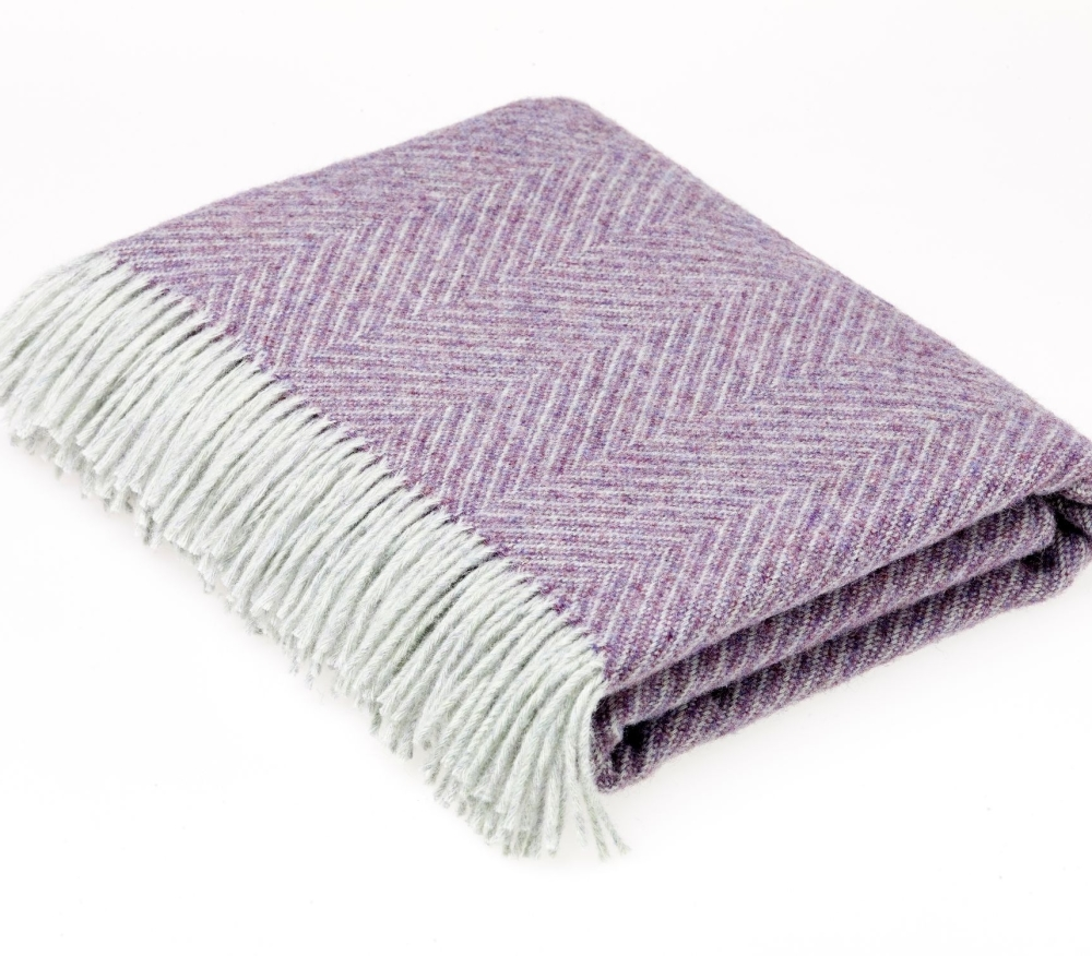 BRONTE by Moon Purple Heather Variegated Herringbone Throw in 100% Shetland