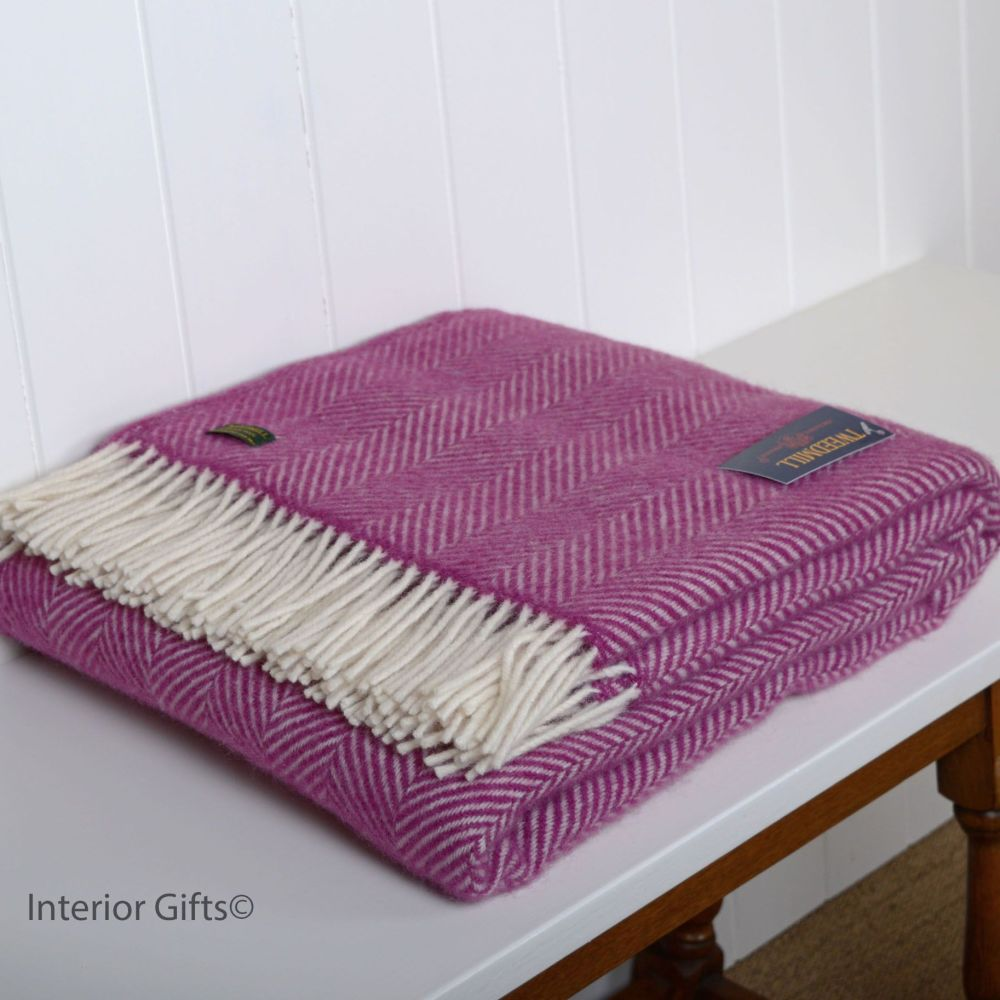 Tweedmill Cerise Pink Herringbone Pure New Wool Throw