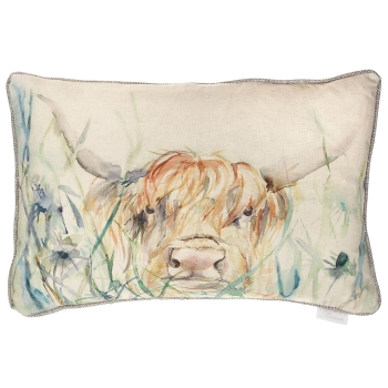 Voyage Bramble View Highland Cow Rectangular Country Cushion 40 x 60cm