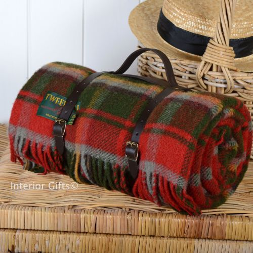 WATERPROOF Backed Wool Picnic Rug / Blanket in Dark Maple Check with Leathe