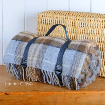 WATERPROOF Backed Wool Picnic Rug / Blanket in Classic Country Silver Grey & Beige Check with Practical Carry Strap
