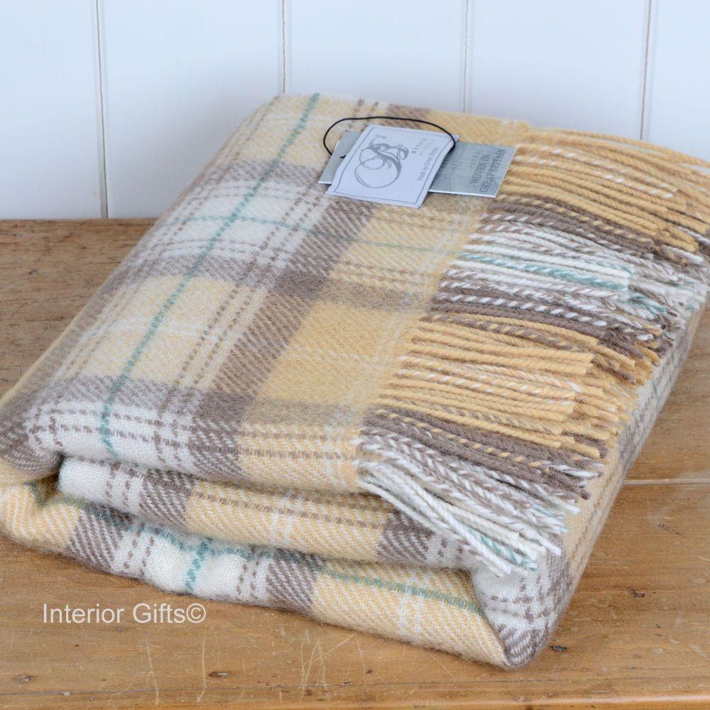 BRONTE by Moon Honey Beige Skye Check Throw in 100% Shetland Pure New Wool