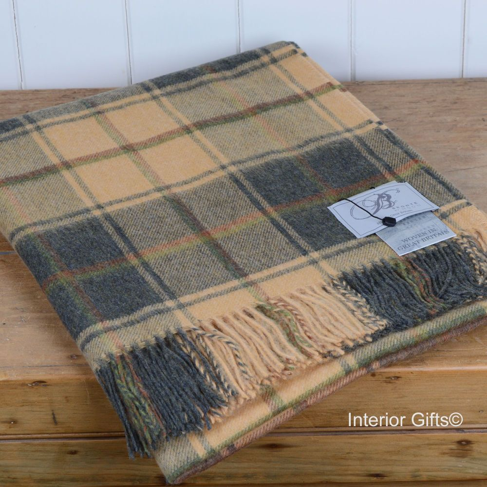 BRONTE by Moon Beige Sand & Charcoal Check Throw in Merino Lambswool