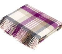 BRONTE by Moon Melbourne Clover & Cream Check Throw in Supersoft Merino Lambswool