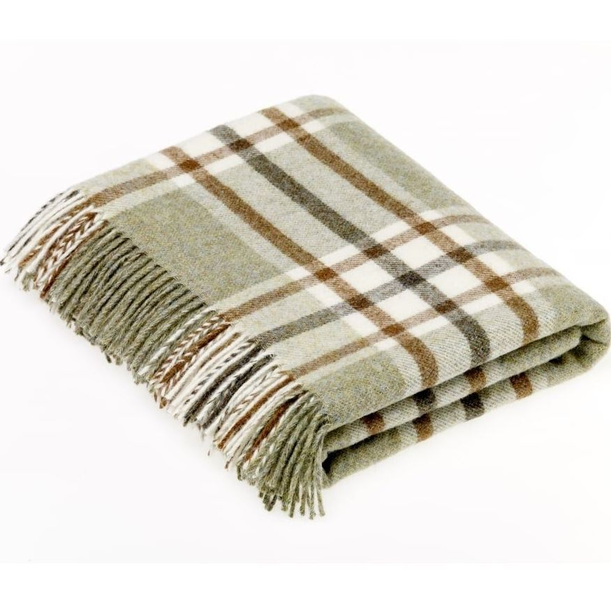 BRONTE by Moon Arncliffe Sage Green Check Throw in 100% Shetland Pure New W